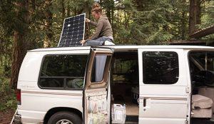 Article. Comment Installer des panneaux solaires sur un camion aménagé, van ou camping-car