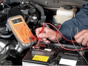 Guide d'achat et comparateur des meilleurs testeurs de batterie