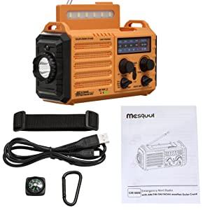 Les accessoires fournis avec la radio solaire Mesqool