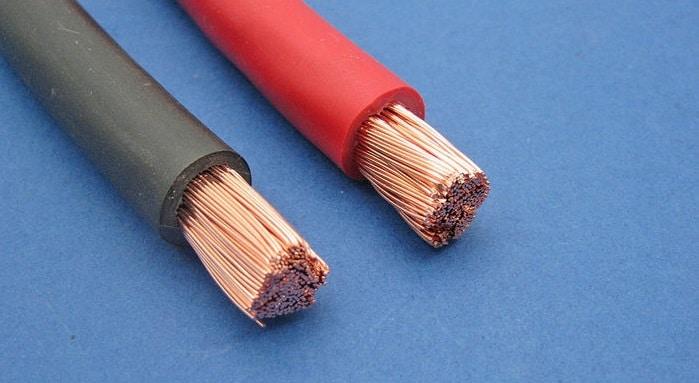 Câbles pour batterie automobile