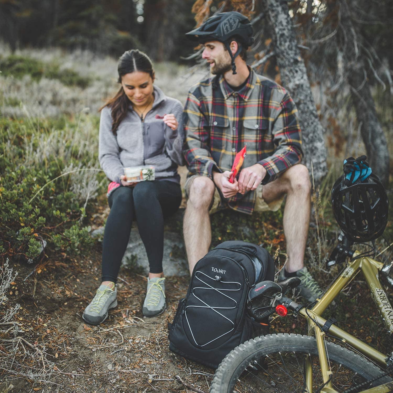 Faîte du vélo ou des randonnées avec un sac à dos isotherme pour maintenir vos aliments au frais les mains libérées