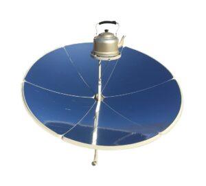 Test et avis du puissant four solaire à parabole TOPQSC