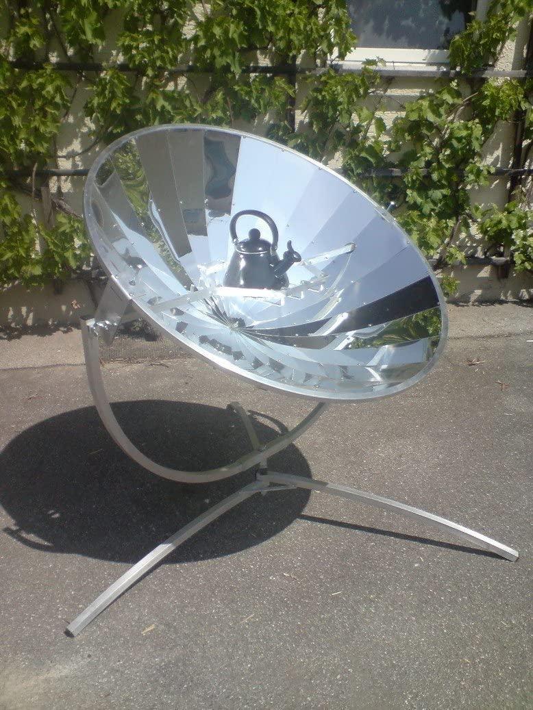 Grand four solaire parabolique ERRO de 140 cm de diamètre