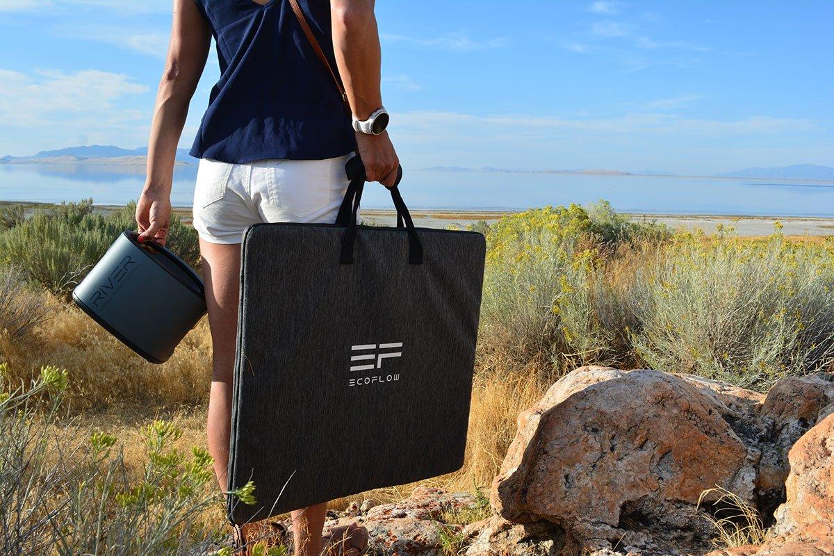 Partez en camping ou randonnée avec le puissant panneau pliable EcoFlow 110W