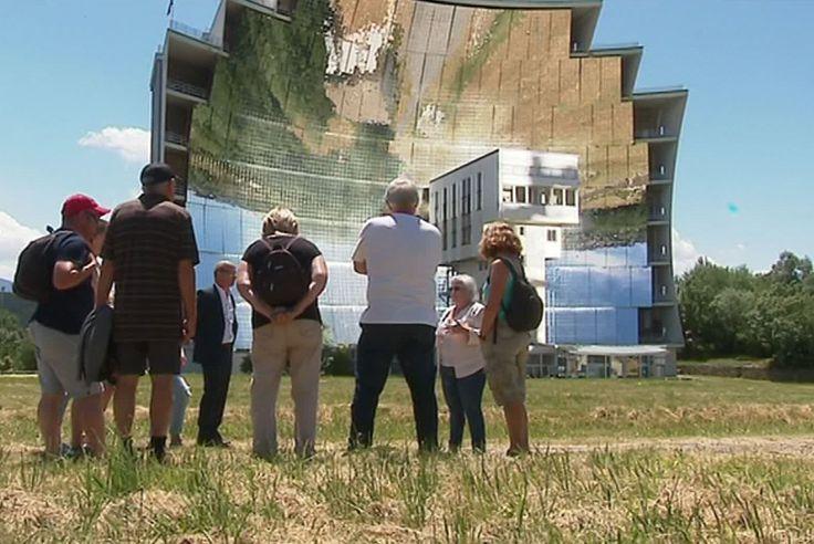 L'immense four solaire de Font Romeu est ouvert aux touristes via le centre d'information Héliodyssée
