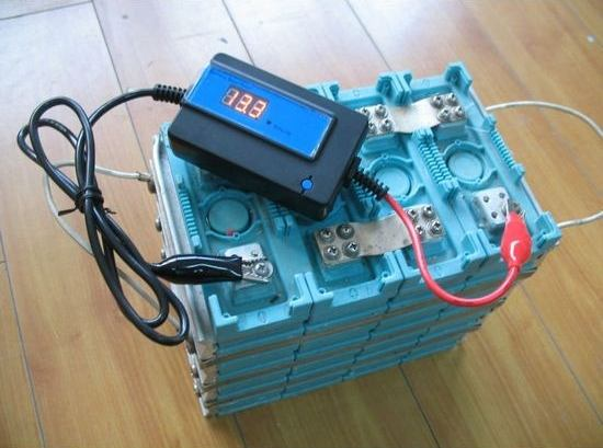 Désulfateur de batterie à impulsion électronique